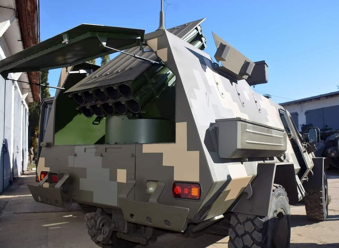 В Киеве покажут новейшие образцы военной техники. Читайте на UKR.NET